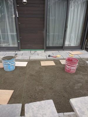 ③石張り工 (2)